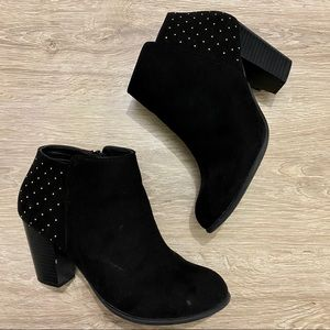 Old Navy faux suede studded heel ankle bootie